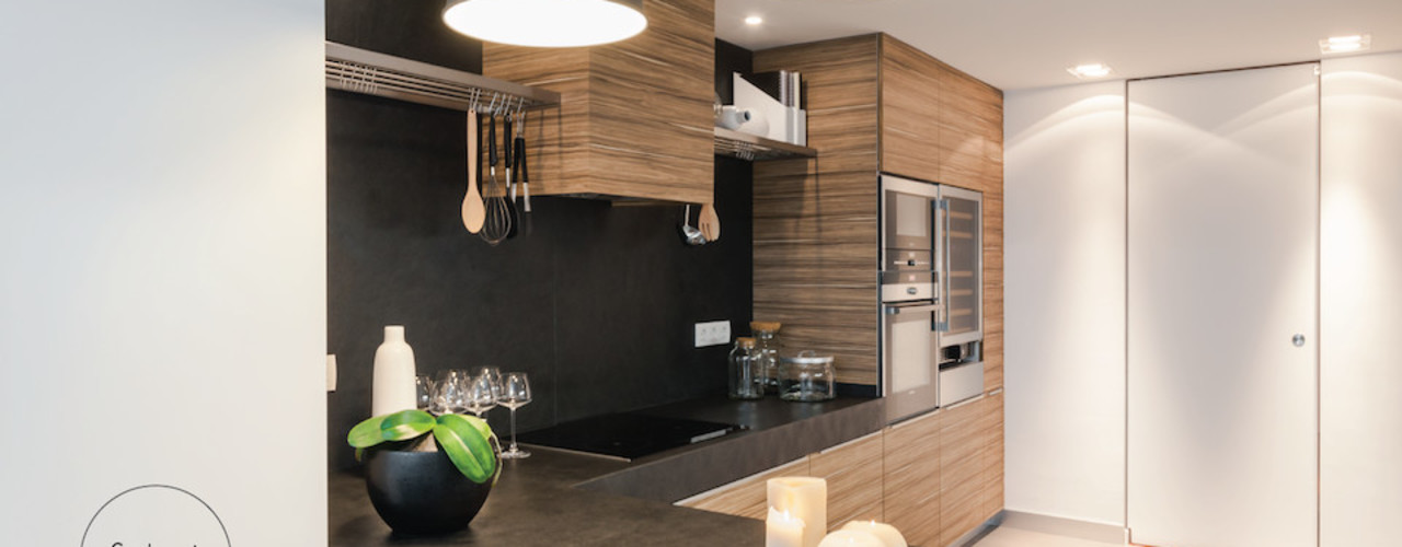 FABRI Cocinas de estilo ecléctico Acabado en madera
