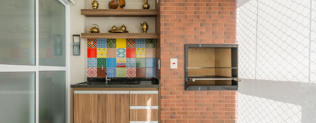 Apartamento Casal com Bebe Sandra Pompermayer Arquitetura e Interiores Varandas, alpendres e terraços modernos