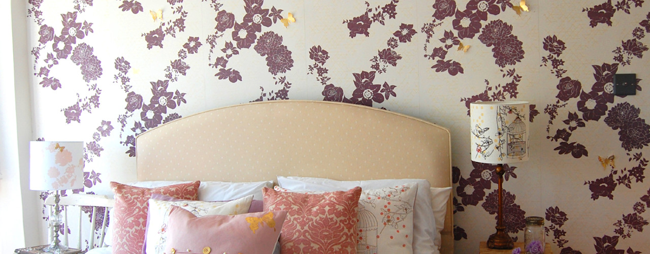 Geo Fleur Bedroom Wallpaper, private commission 2013 Laura Felicity Design Klassische Wände & Böden Lila/Violett