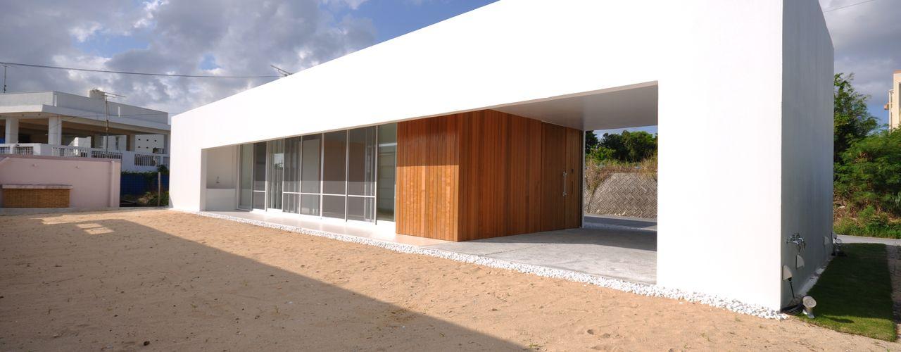 門一級建築士事務所 Case moderne Cemento Bianco