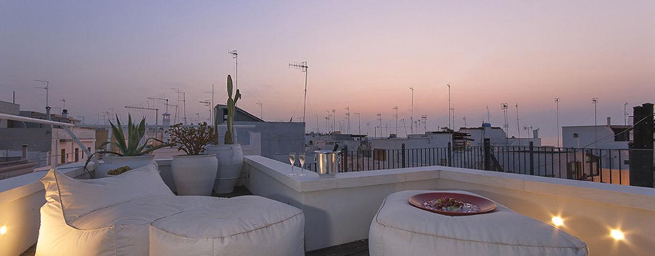 STUDIOTALENT srl Modern balcony, veranda & terrace