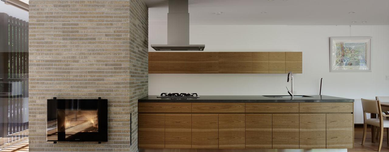 atelier137 ARCHITECTURAL DESIGN OFFICE 現代廚房設計點子、靈感&圖片 木頭 Wood effect