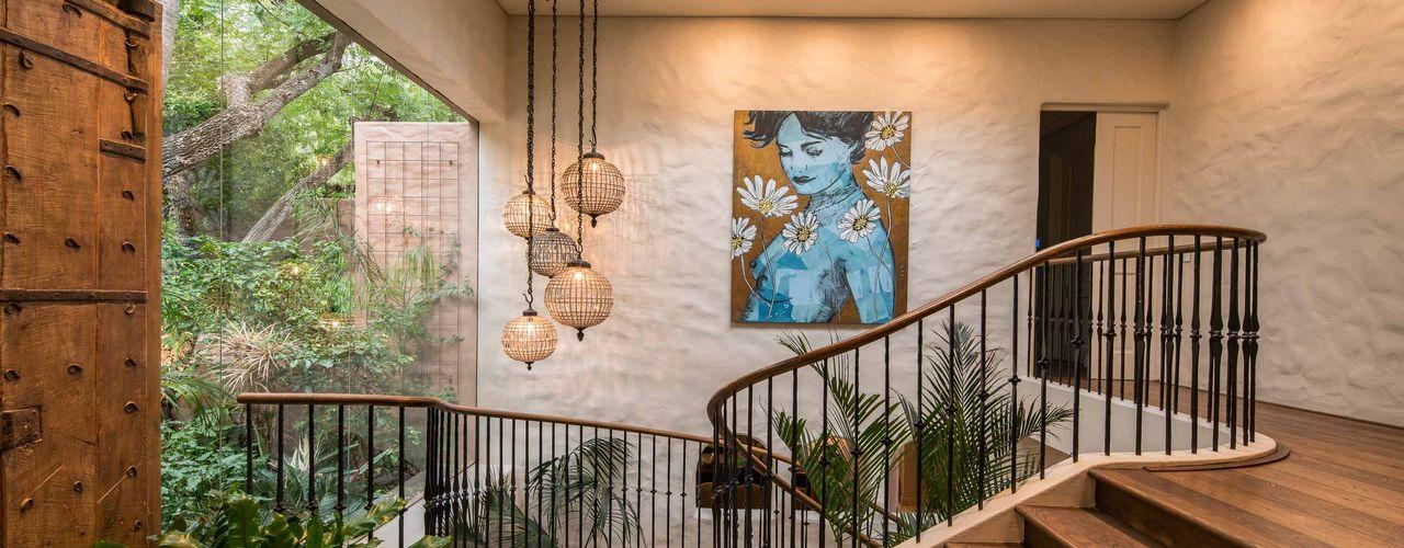 MARVIN FARR ARCHITECTS 隨意取材風玄關、階梯與走廊