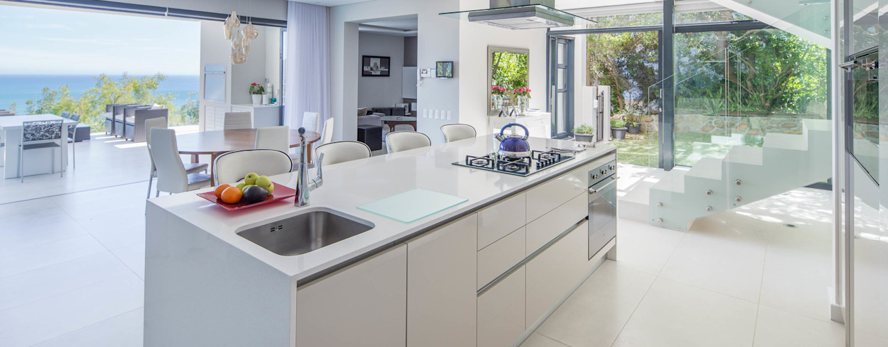 MARVIN FARR ARCHITECTS Modern kitchen