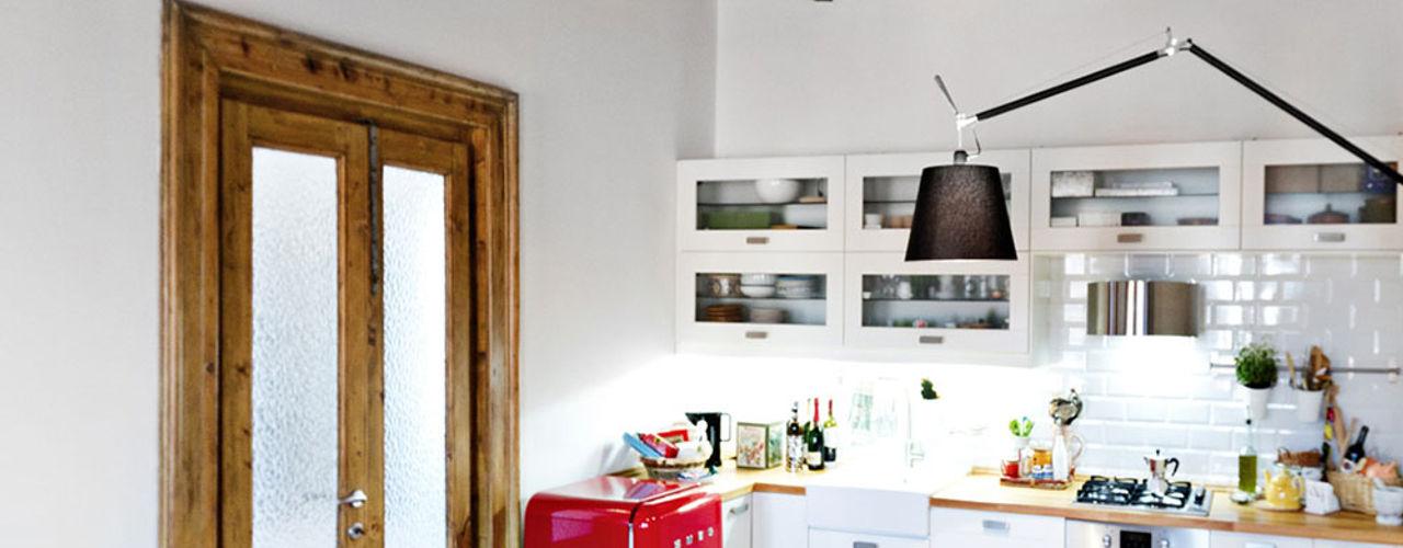 Casa di ringhiera sui Navigli PAZdesign Cucina eclettica