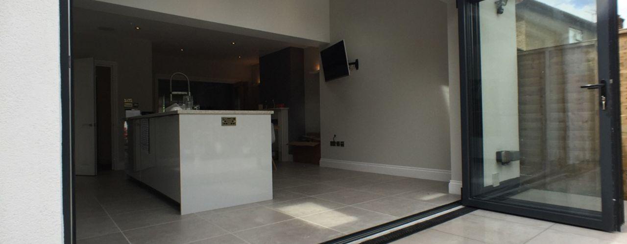 Rear Extension, Loft Conversion, Total Internal Out Fit Progressive Design London Case moderne