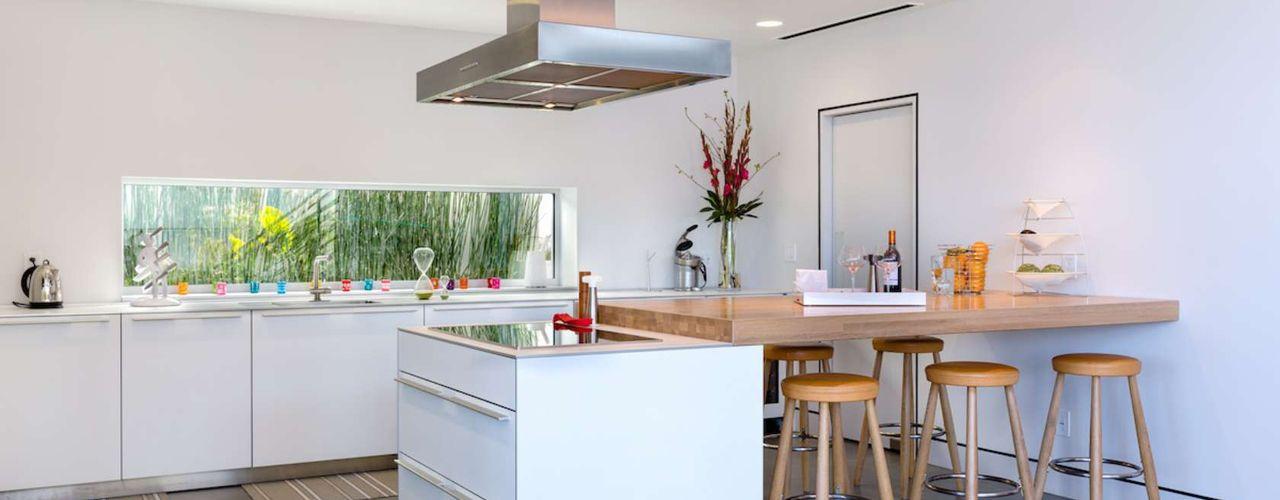 Chibi Moku Architectural Films Modern Kitchen Concrete White