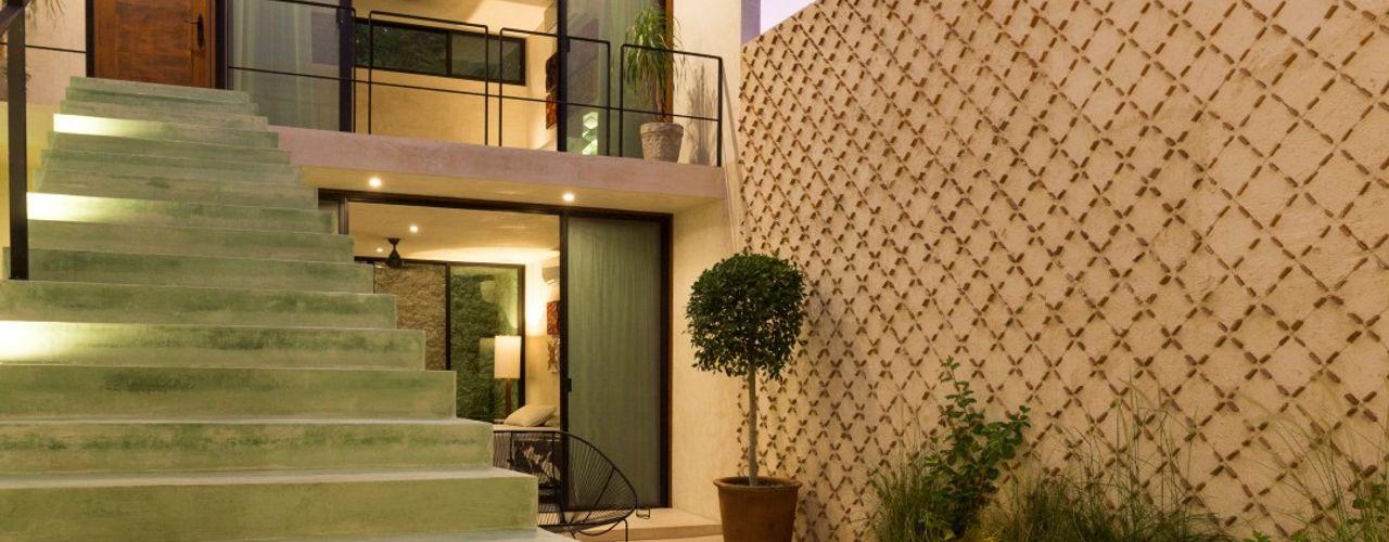 Taller Estilo Arquitectura Pasillos, vestíbulos y escaleras modernos Verde
