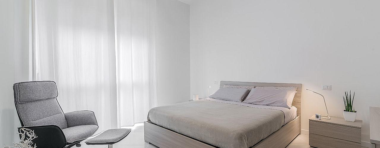 Facile Ristrutturare Cuartos de estilo minimalista