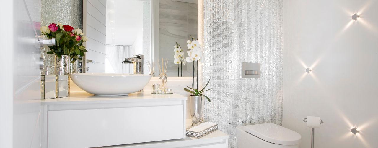 FRANCOIS MARAIS ARCHITECTS Modern style bathrooms