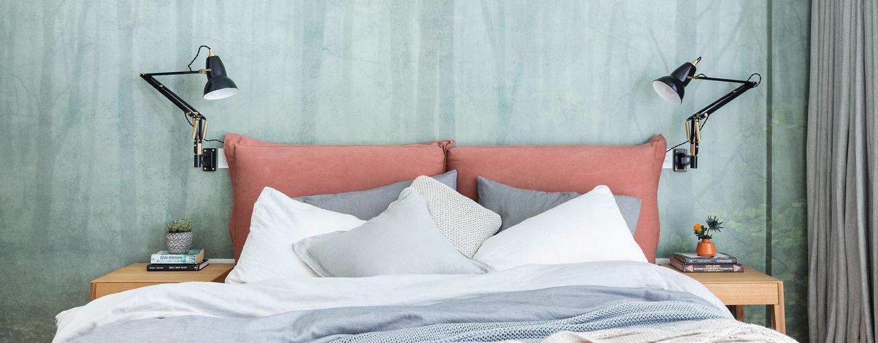 Modern New Home in Hampstead Black and Milk   Interior Design   London DormitoriosCamas y cabeceras