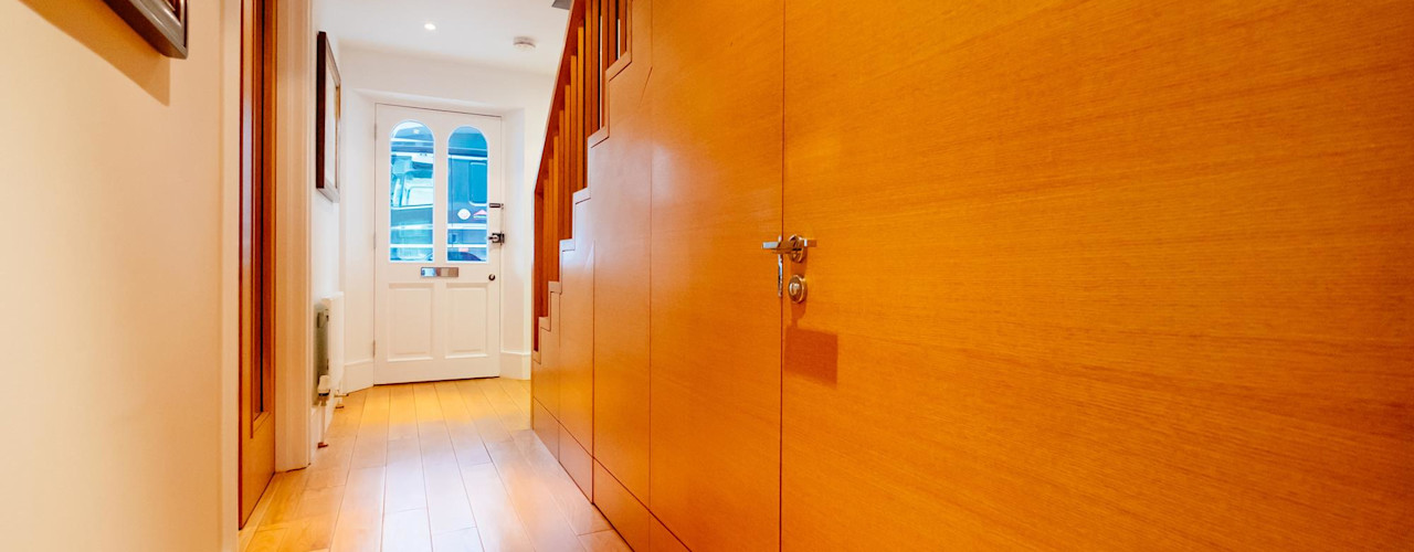 Blue Moorings, Dartmouth | Devon Perfect Stays 隨意取材風玄關、階梯與走廊