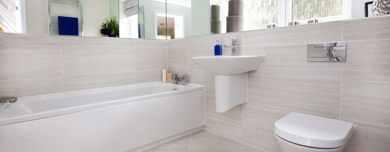 Make every room a new adventure..... Graeme Fuller Design Ltd Phòng tắm phong cách hiện đại