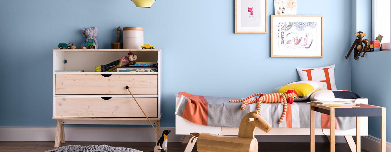 SCHÖNER WOHNEN-FARBE Dormitorios infantiles de estilo moderno Azul