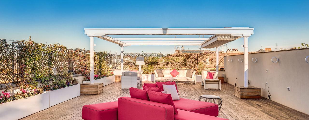 MOB ARCHITECTS Balcones y terrazas de estilo moderno