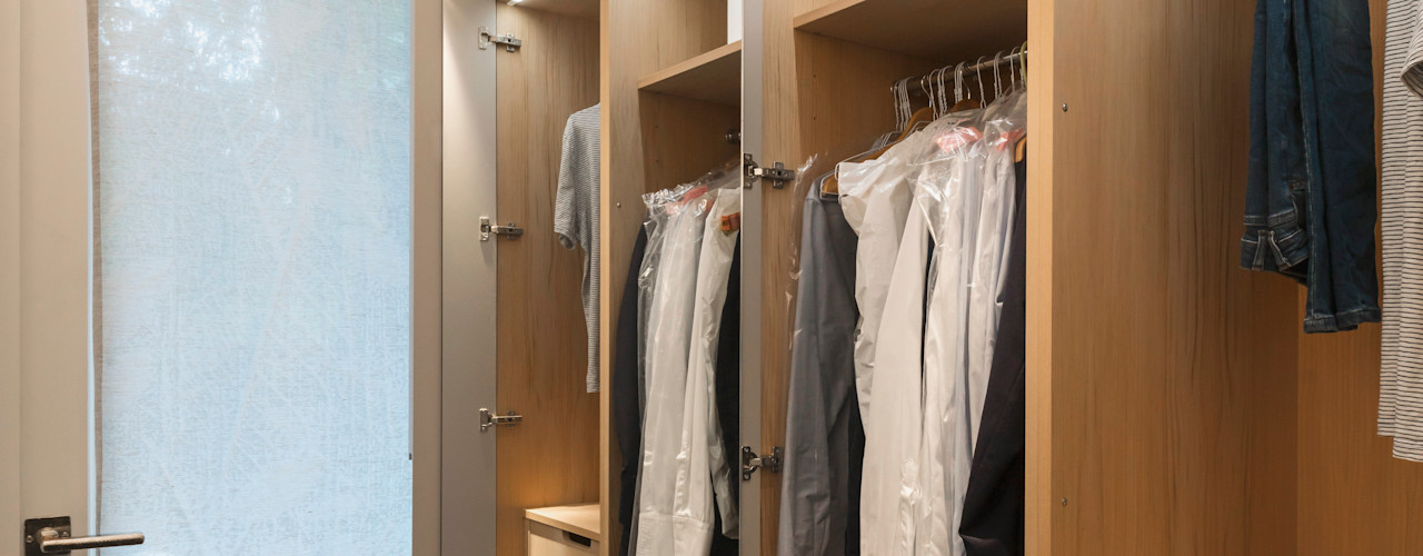 Flat in Little Venice Studio 29 Architects ltd Dressing roomWardrobes & drawers