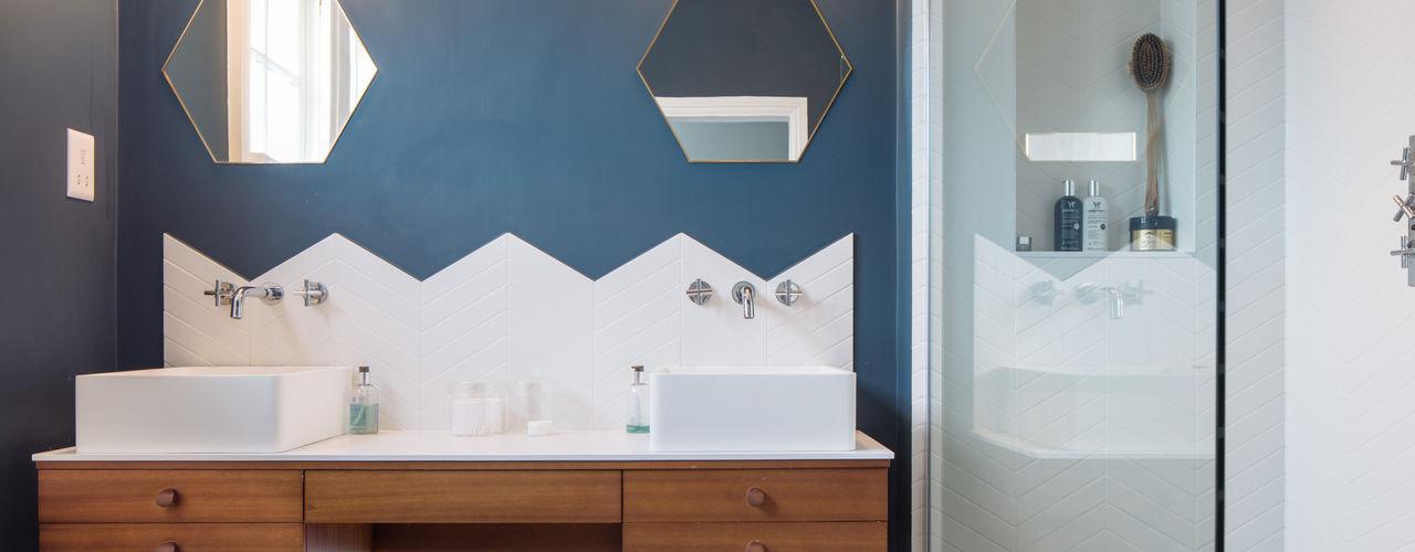 Tactile House, 2017 TAS Architects Modern Bathroom