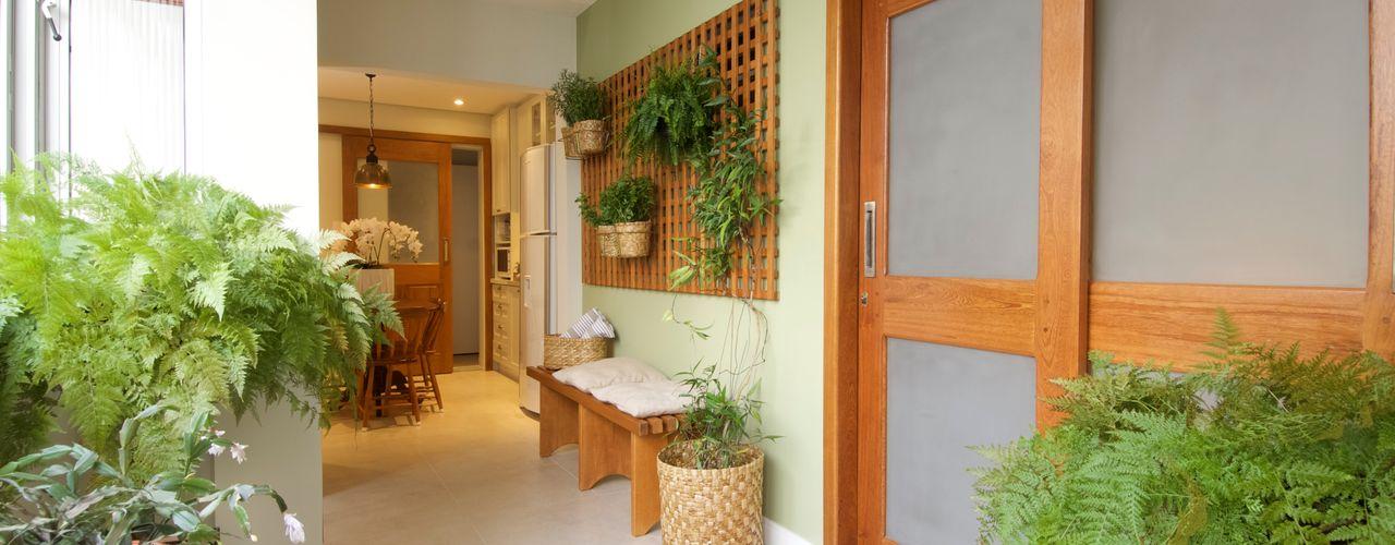 Apartamento Perdizes TS Projetos Jardins de inverno clássicos Madeira maciça Verde