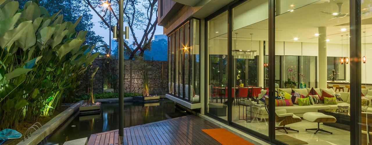 Raja Chulan Bungalow - 6 Bedroom Modern House MJ Kanny Architect Roof