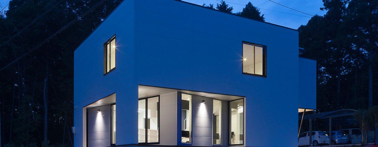 音楽スタジオのあるハコノオウチ12 石川淳建築設計事務所 木造住宅 白色