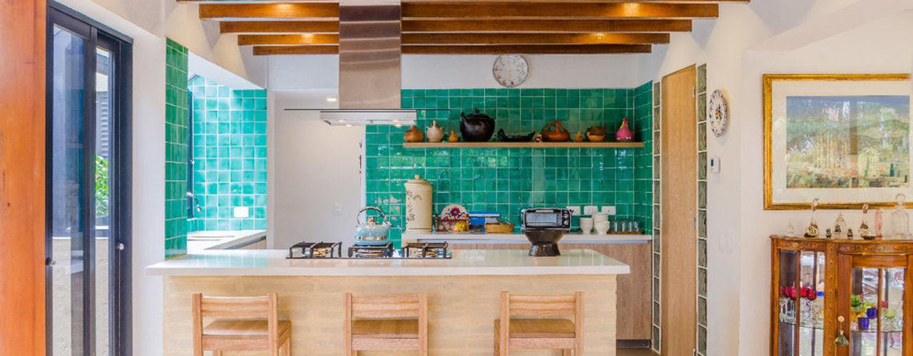 Casa El Abra ARCE S.A.S Cocinas integrales Azulejos Turquesa