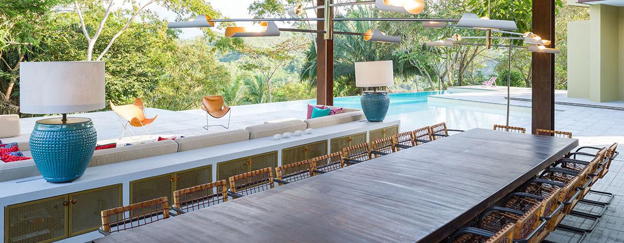 NOAH Proyectos SAS Balcones y terrazas de estilo minimalista Derivados de madera Acabado en madera