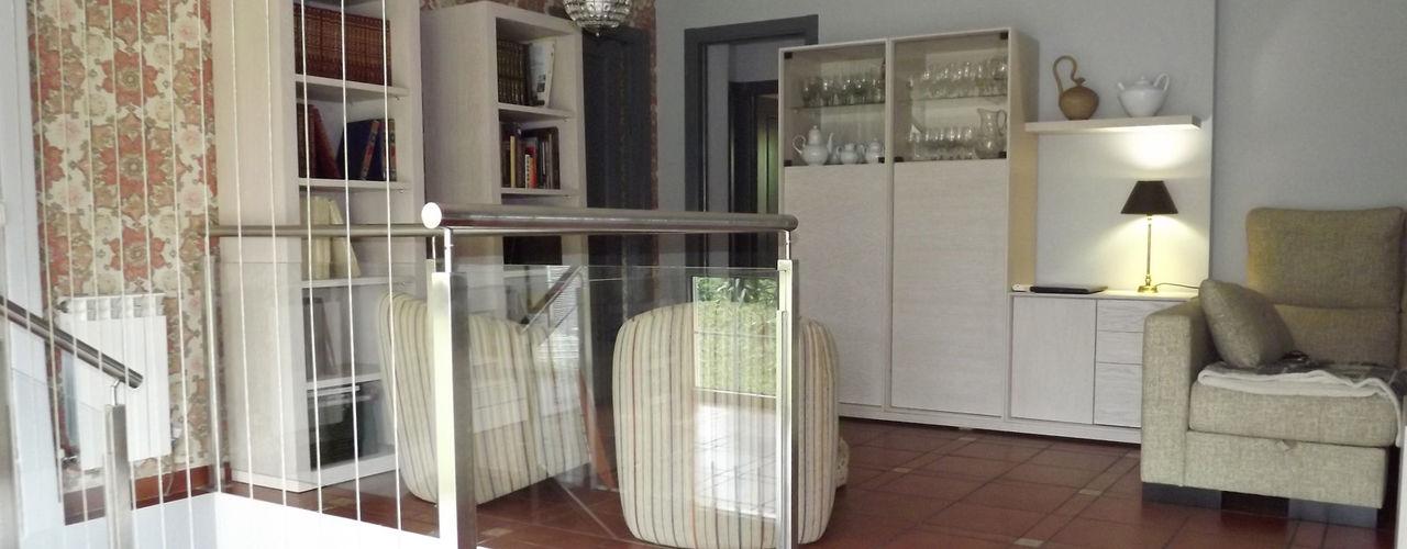 Almudena Madrid Interiorismo, diseño y decoración de interiores Salas de estilo clásico
