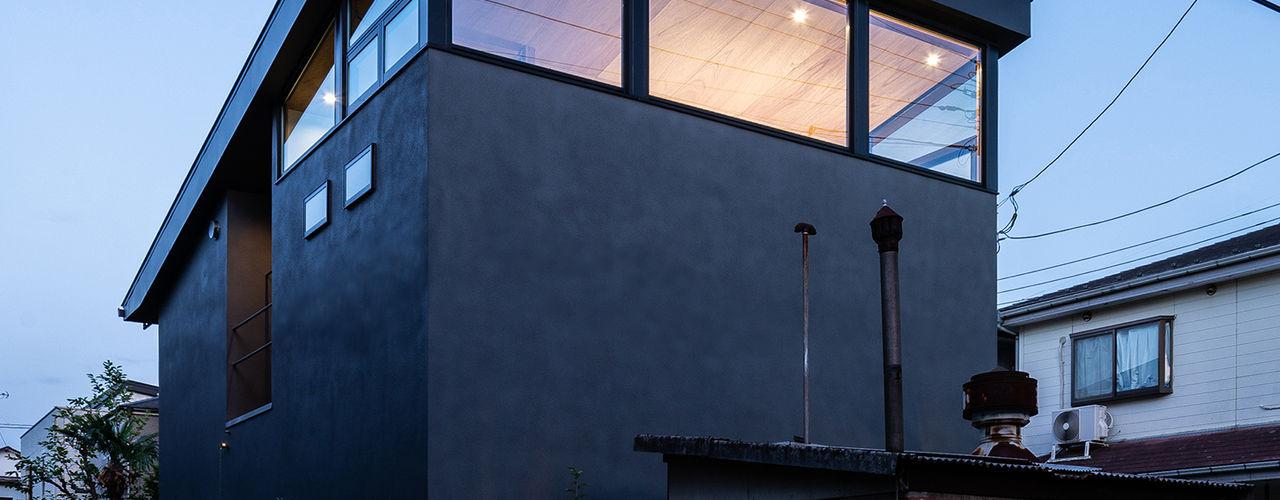 SAIWAIの家 株式会社 N&C一級建築士事務所 オリジナルな 家 灰色
