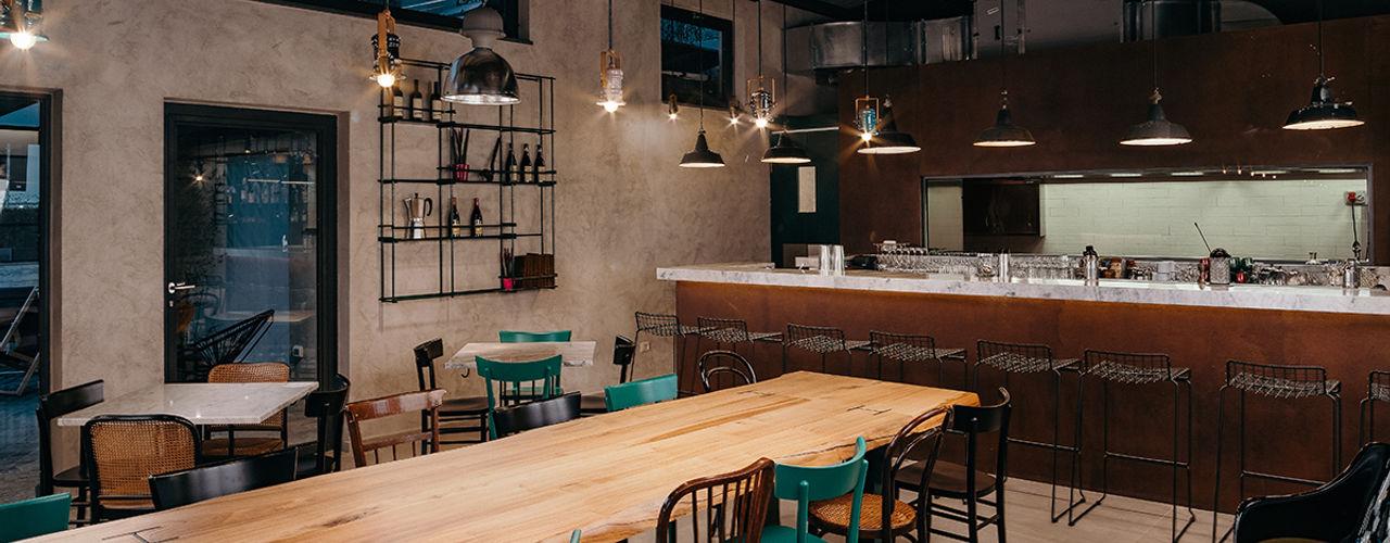 Officina Meccanica Generale - wine & tapas Bar manuarino architettura design comunicazione Bar & Club in stile industrial Ferro / Acciaio Verde
