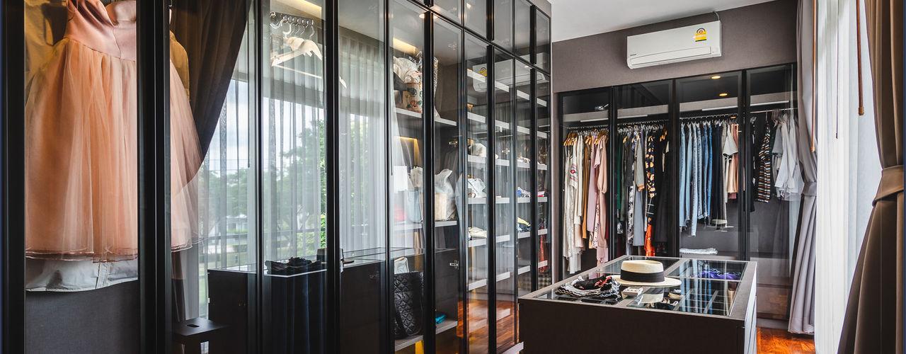 เรียบง่าย ลงตัว @วรารมย์ พรีเมี่ยม จตุโชติ BAANSOOK Design & Living Co., Ltd. ห้องแต่งตัวตู้เสื้อผ้าและลิ้นชัก