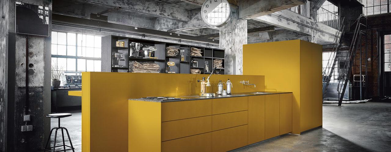 Spitzhüttl Home Company Cucina attrezzata Giallo
