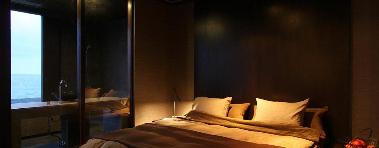 Case Study House #17 NASU CLUB 小さな寝室 木 灰色