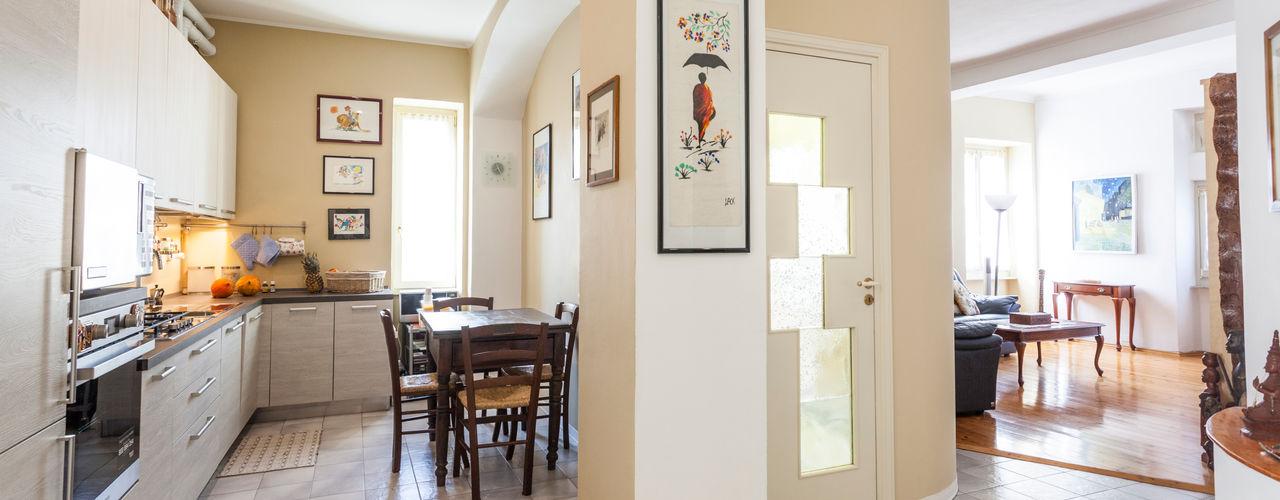 La casa elegante LSM Interior Design CucinaContenitori & Dispense Ceramica Beige