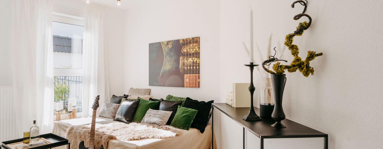 Cornelia Augustin Home Staging モダンスタイルの寝室