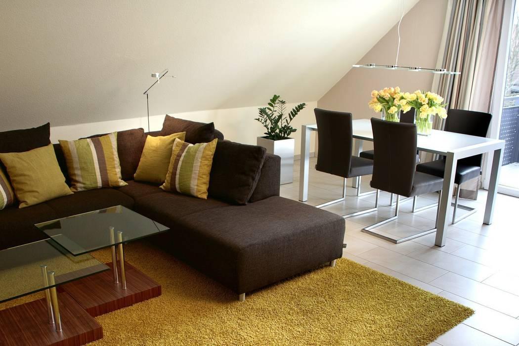 Komplette Neugestaltung einer Dachgeschosswohnung Moderne Wohnzimmer von homify Modern