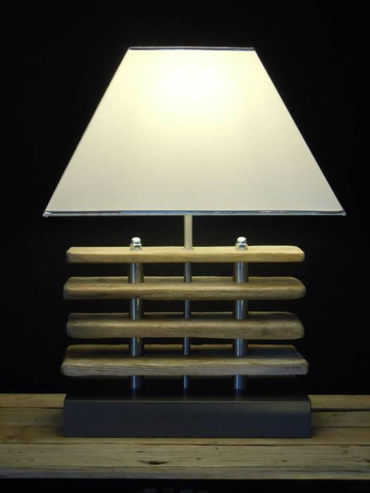 Extravagante Tischleuchte: modern  von Chiemseedesign-living gallery,Modern