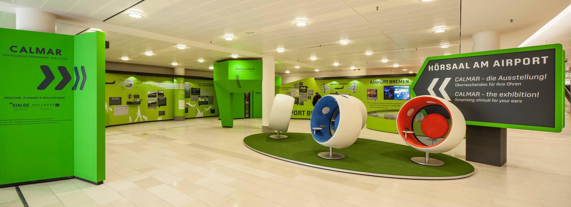 """Ausstellung """"Calmar"""" Überblick Moderne Flughäfen von Hellmers P2   Architektur & Projekte Modern"""