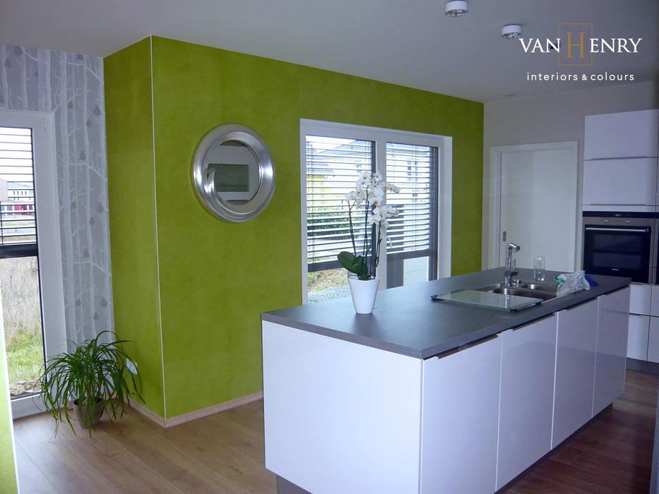 Einfamilienhaus, Küche und Essbereich Moderne Küchen von homify Modern