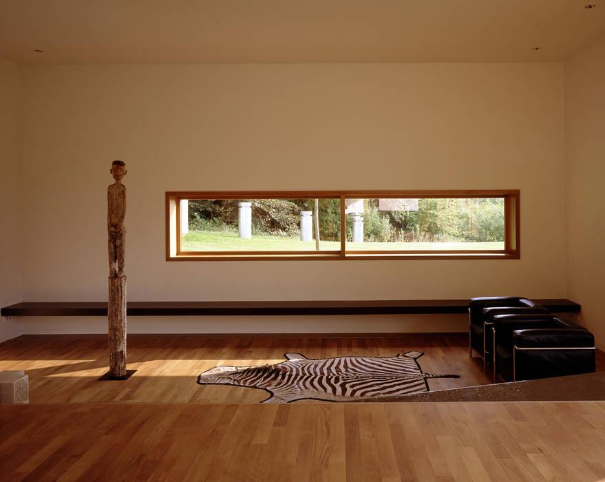 Villa L Wohnzimmer von Architektur & Interior Design