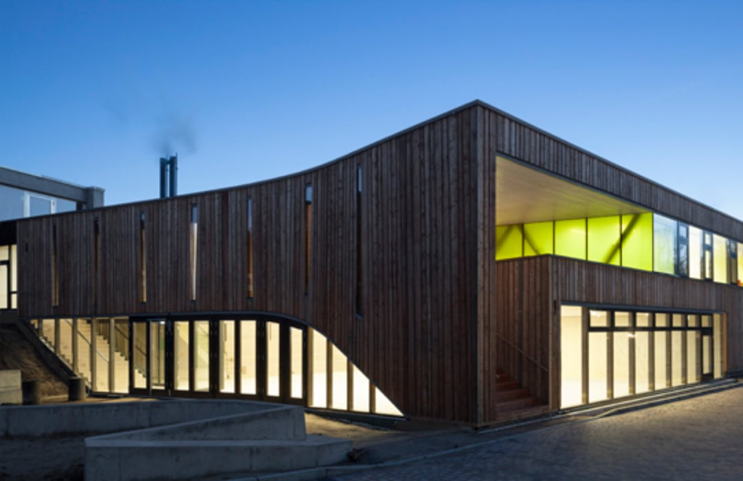 Mensa Waldcampus :  Schulen von andreas gehrke . architekt