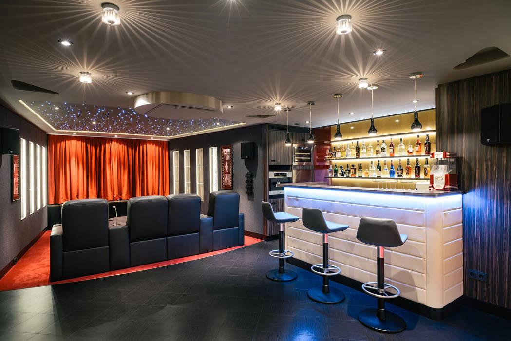 Media room by raumdeuter GbR, Classic