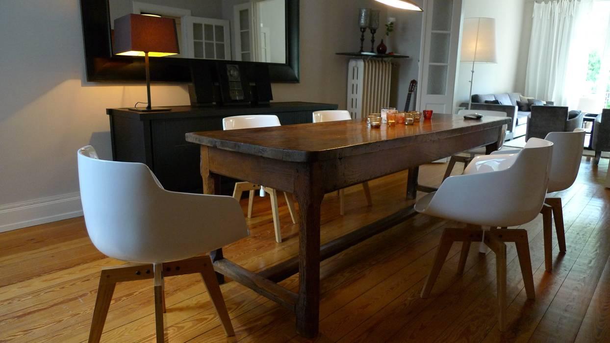 Altbauwohnung Winterhude :  Esszimmer von Andras Koos Architectural Interior Design