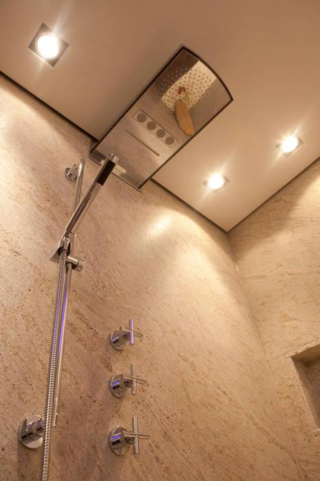 Lifestyle durch Natur nach Maß:  Badezimmer von Design by Torsten Müller