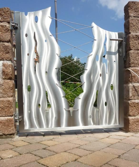 Edelstahltore:  Garten von Edelstahl Atelier Crouse - Stainless Steel Atelier