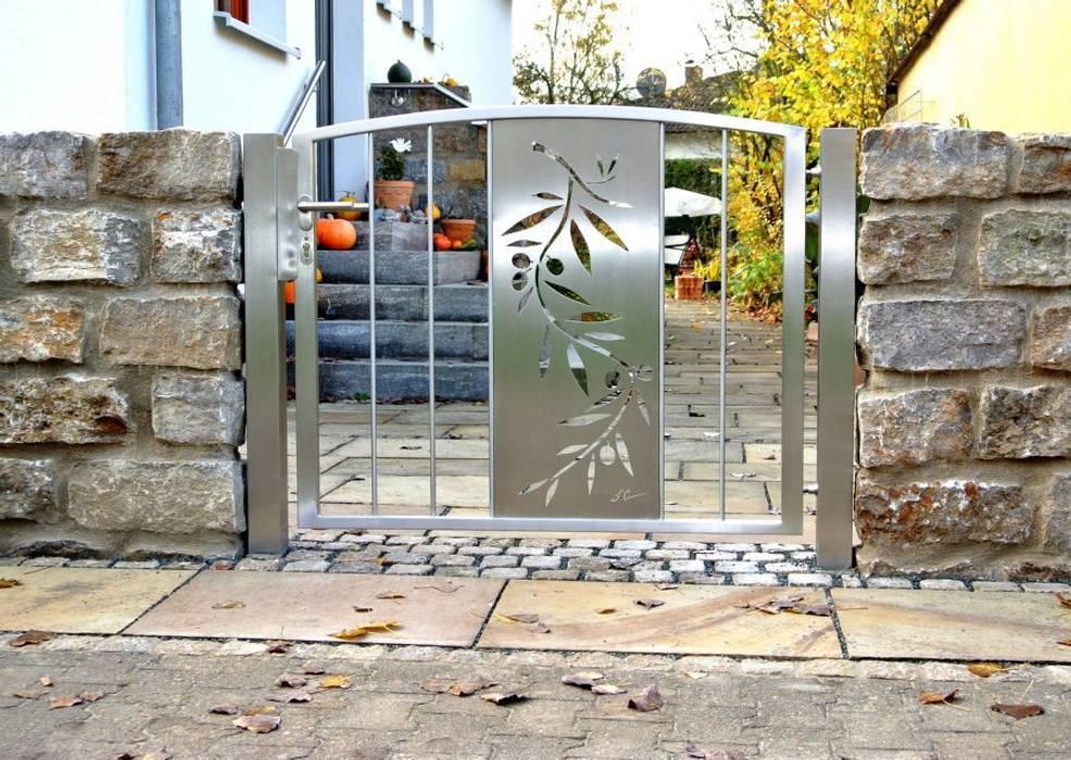 Edelstahl Tore Moderner Garten von Edelstahl Atelier Crouse: Modern