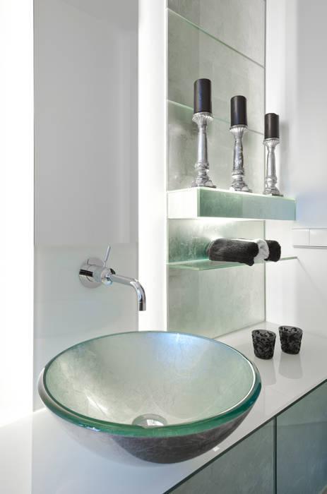 Modern bathroom by schulz.rooms Modern