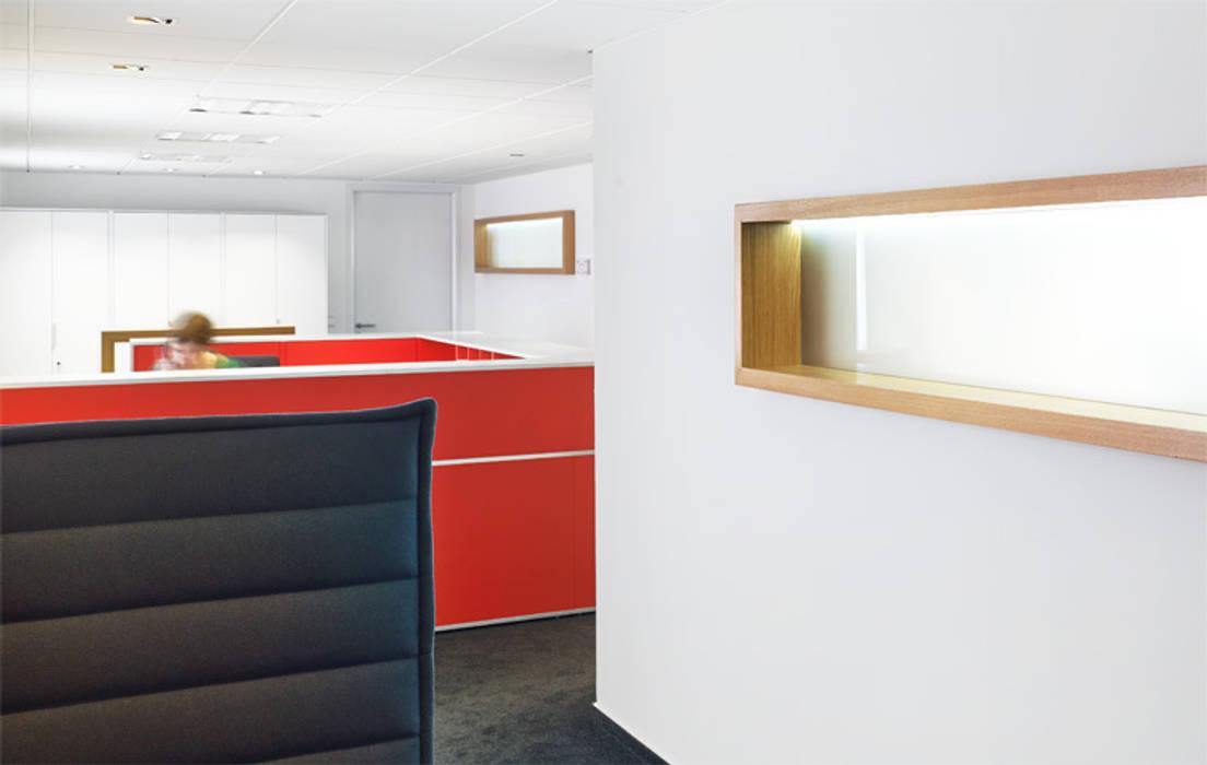 Innenarchitektur:  Geschäftsräume & Stores von MOHO 1