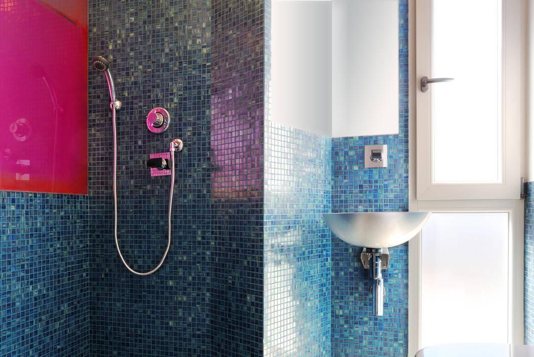 Bagno privato: Bagno in stile in stile Moderno di CAFElab studio