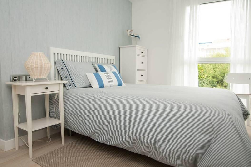 Dormitorio Principal: Dormitorios de estilo  de Marta Sellarès - Interiorista