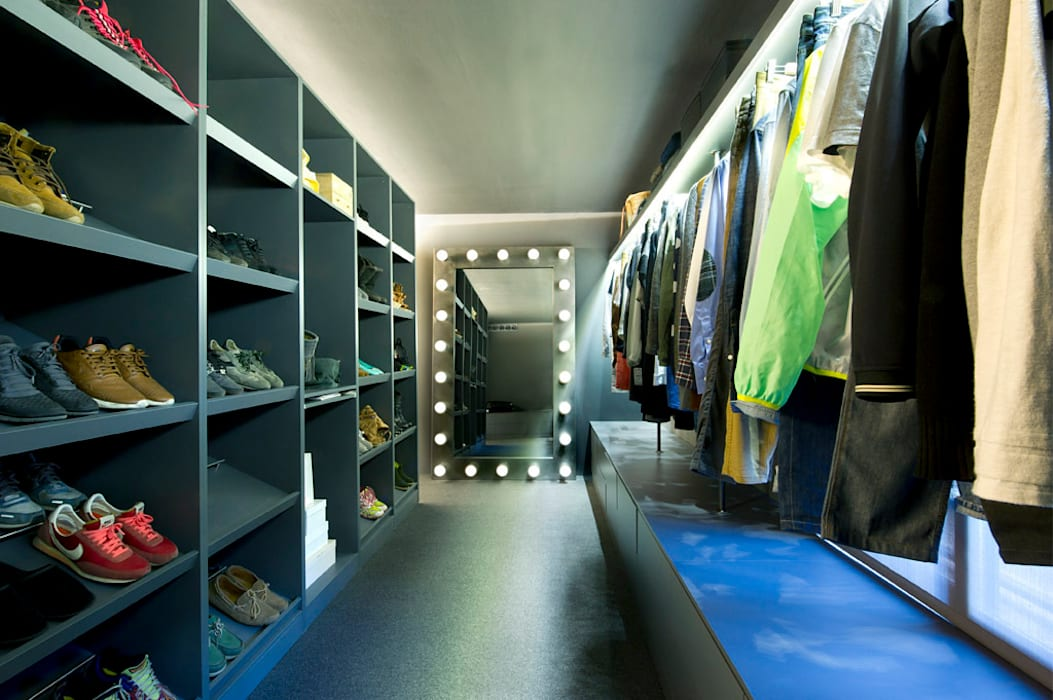 Bajo comercial convertido en loft (Terrassa) Vestidores de estilo ecléctico de Egue y Seta Ecléctico